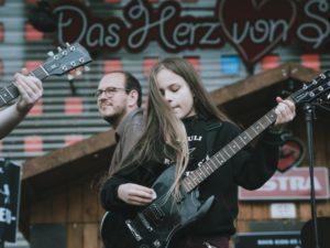 Lilli – Gitarre – St. Pauli Rock'n'Roll Kids