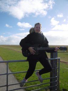 Michelle – Gitarre – St. Pauli Rock 'n' Roll Kids