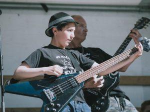 Shayan – Gitarre, Schlagzeug, Gesang – St. Pauli Rock'n'Roll Kids